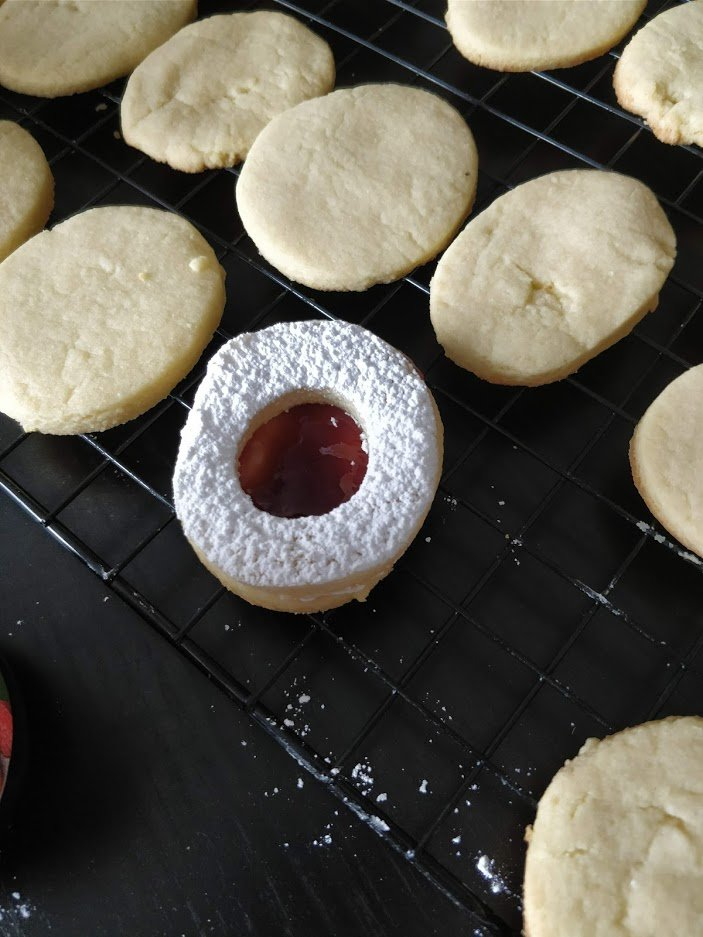 easy fancy jelly cookie filling recipe tea party