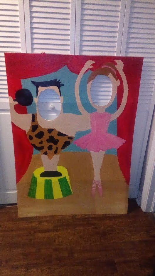 circus theme party ideas face cut out photobooth prop