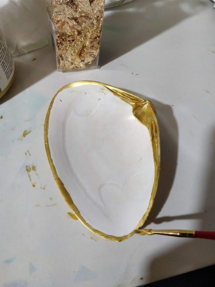 diy sea shell candle