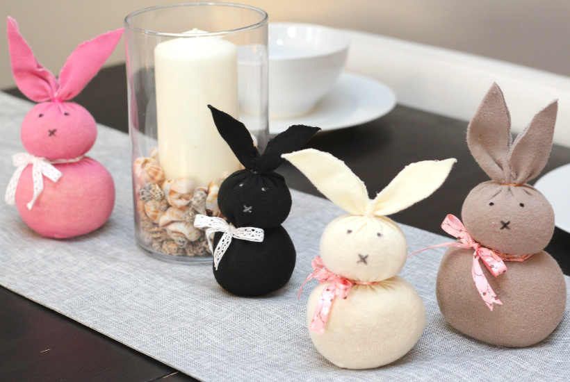 The Easiest Easter Bunny Craft Using Unmatched Socks {No-Sew} Eastercrafts - Diy Crafts
