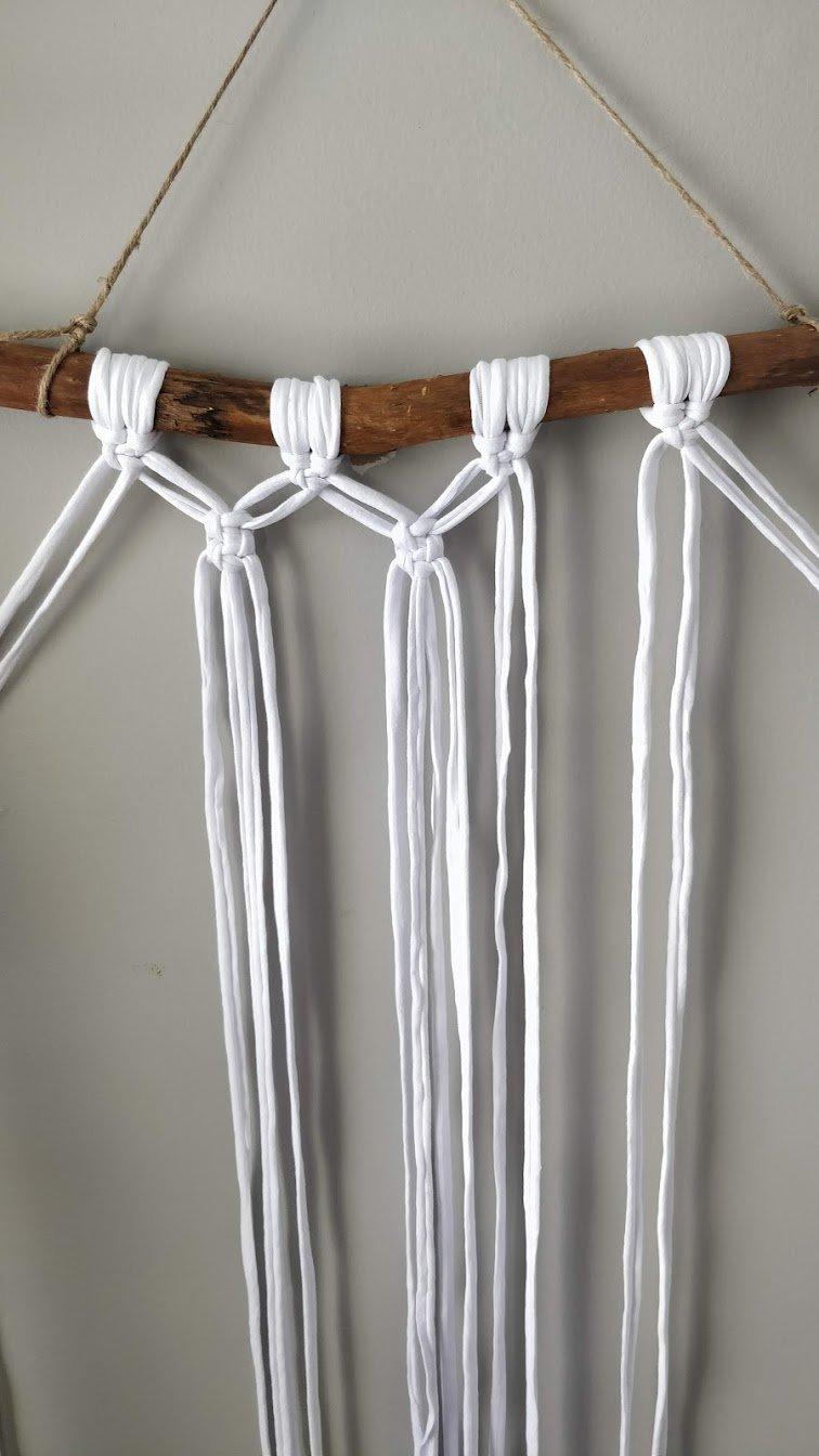 Macrame knot step 16