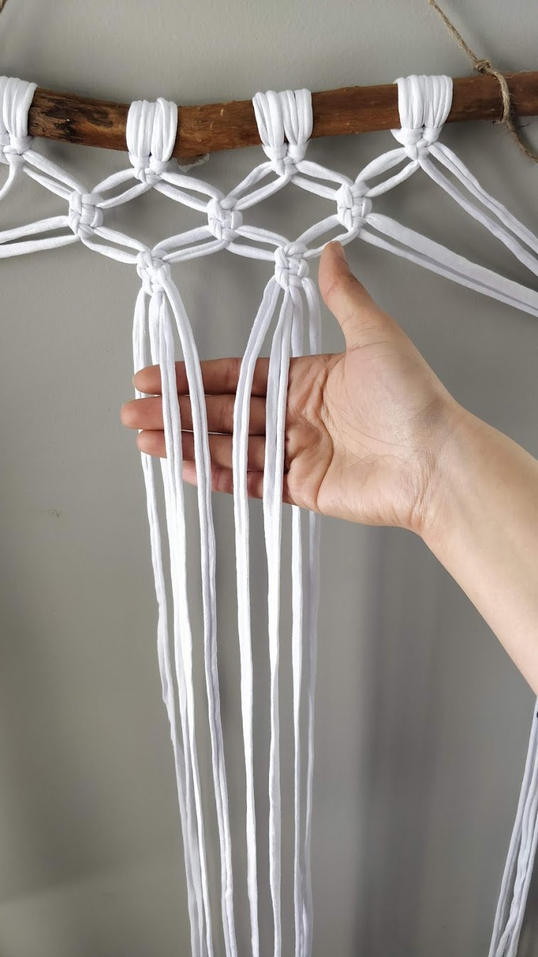 macrame knot step 23