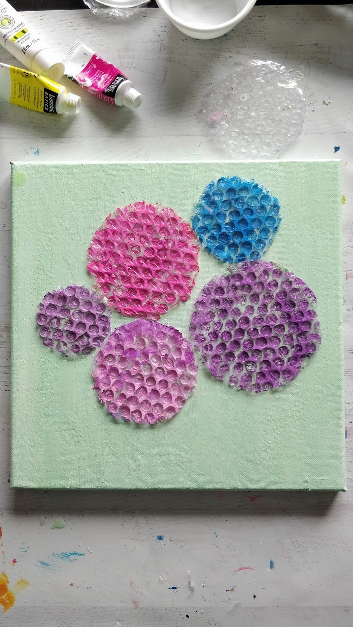 How to paint hydrangea with bubble wrap