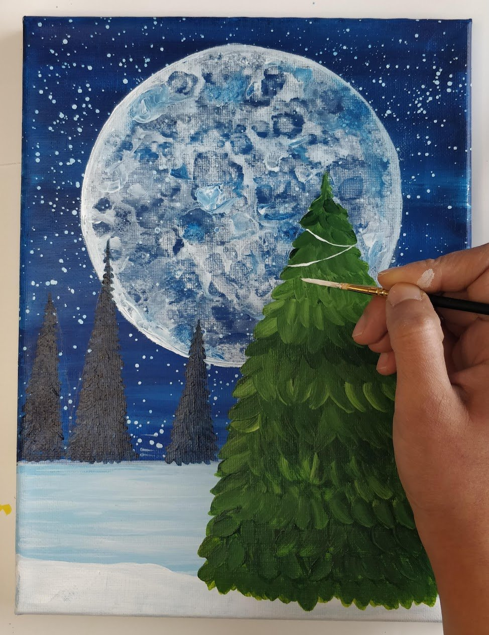 how to paint a christmas tree with lights